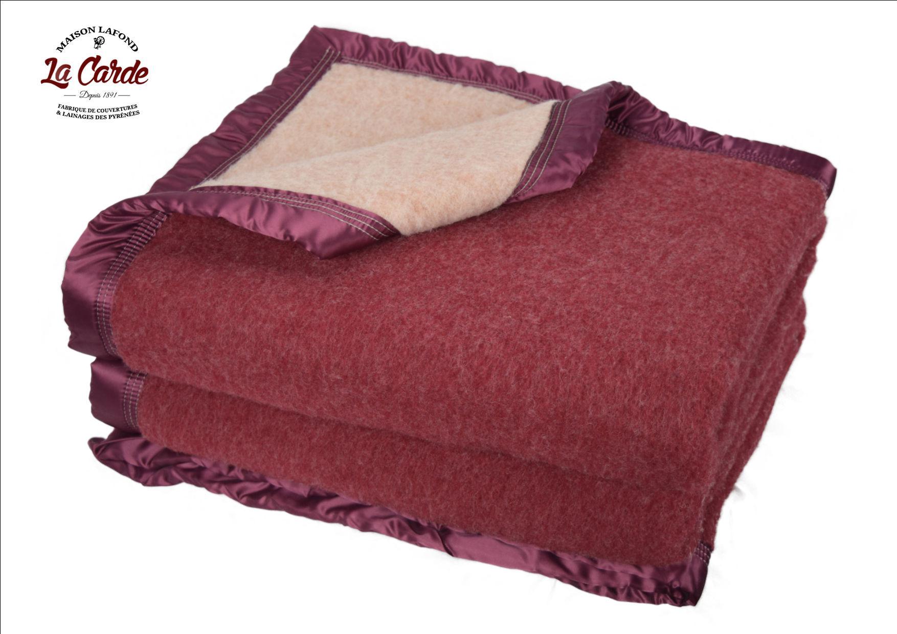 Couverture en laine bordeaux - La Carde